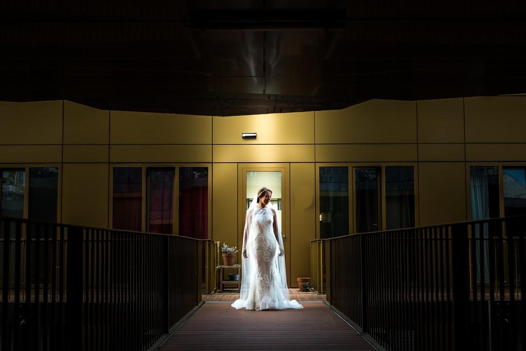 Stylish bruidsfotografie in Utrecht, Trouwfotograaf Utrecht, Trouwen in Utrecht, bruidsfotograaf Utrecht