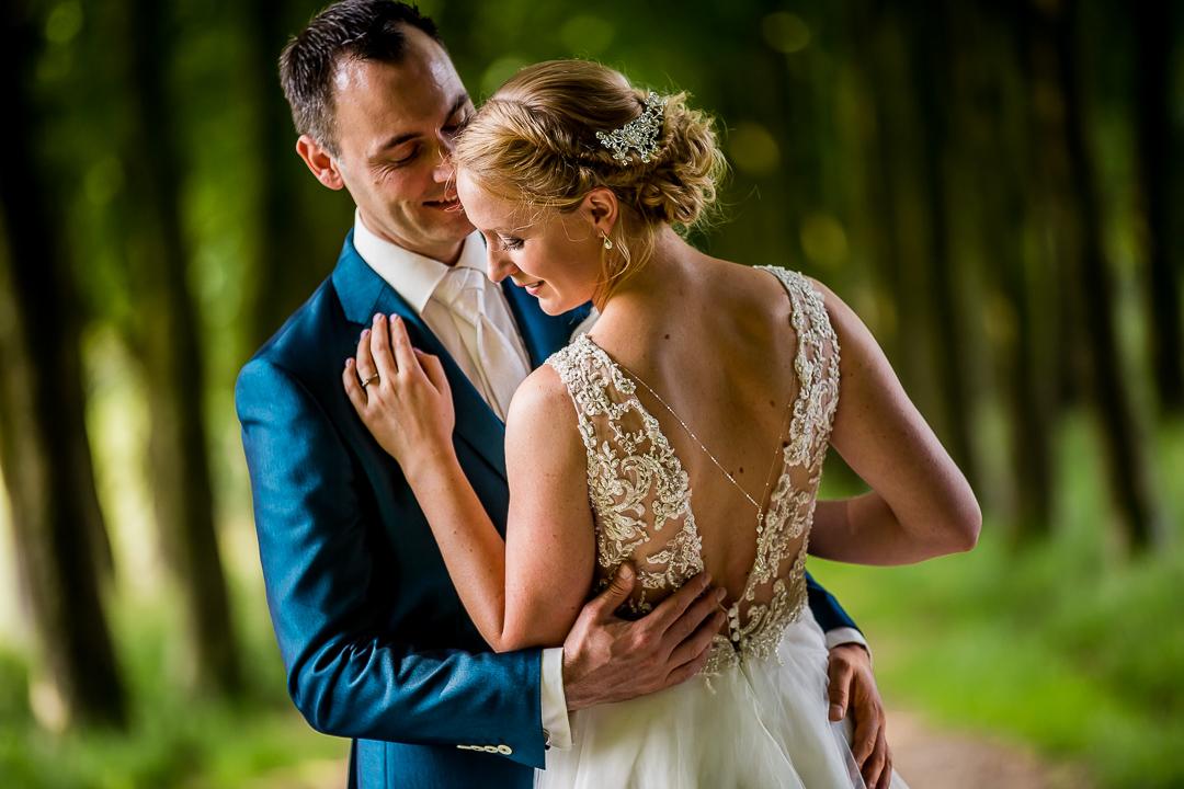 trouwfotografie bij Oranjerie Groot Warnsborn Arnhem, Bruidsfotograaf Ede, Trouwfotograaf in Arnhem, trouwen bij Oranjerie Groot Warnsborn in Arnhem