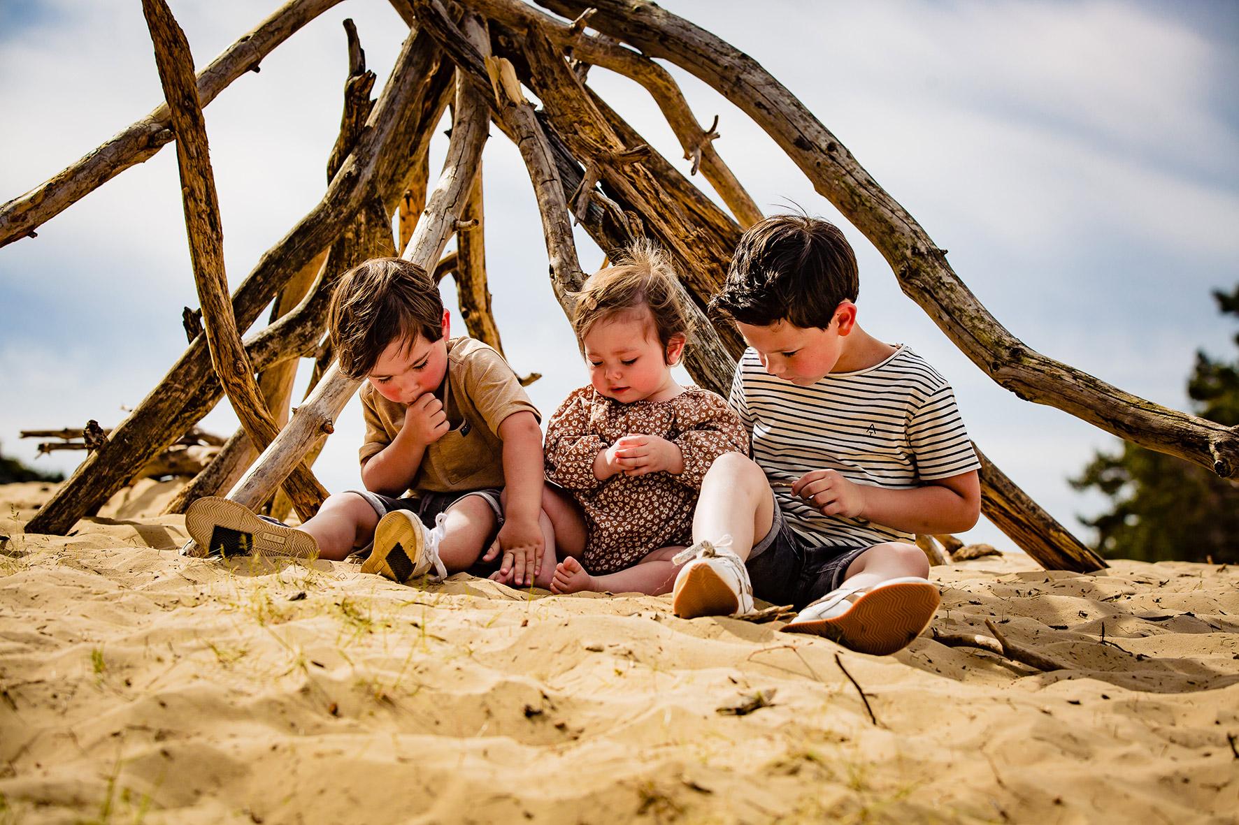 Familie fotoshoot op locatie, Familie Fotoshoot Wekeromse Zand, fotoshoot Ede, portretfotografie Ede