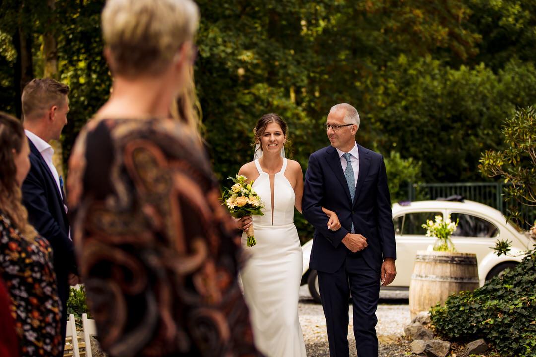 Bruidsfotograaf Arnhem, trouwfotograaf Arnhem, trouwen bij Kabels Oosterbeek, ongedwongen bruidsfotografie Arnhem, trouwen bij Kabels